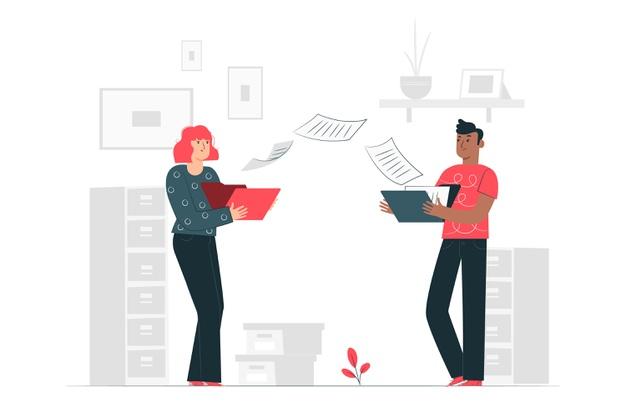 紙の名簿を交換する女性と男性